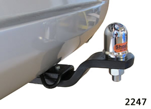 Chrysler 300C tow bar