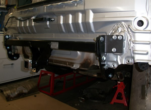 Toyota Camry tow bar RL2260W geing fitted