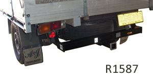TOw bar Toyota HiLux R1587 Cab Chassis