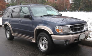 Ford Explorer vehicle image