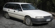 VP Commodore wagon vehicle image