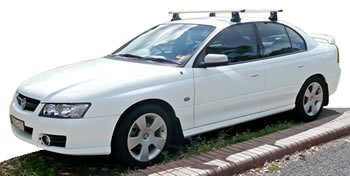 Thule GL754 roofracks fitted to Holden Commodore